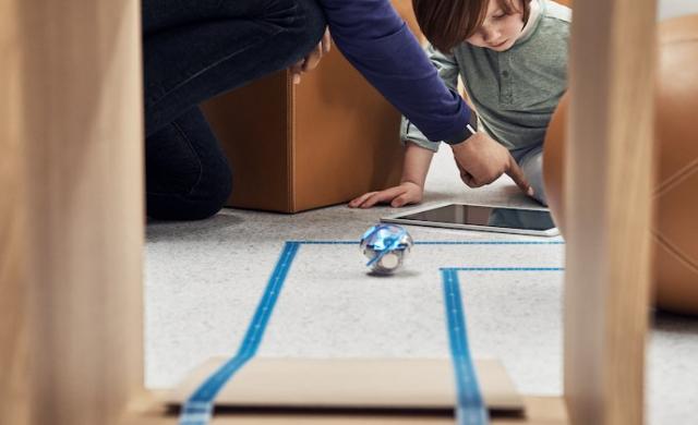 Apple планира да усъвършенства родителския контрол