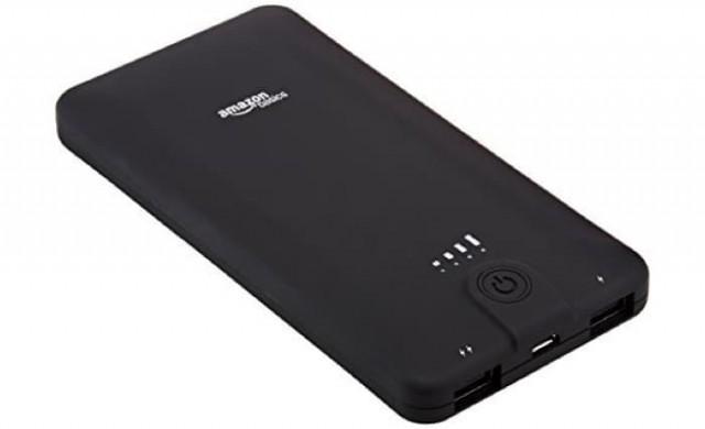 Amazon връща повече от 260 000 мобилни зарядни устройства