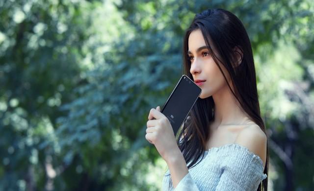 Google и Xiaomi подготвят съвместен смартфон