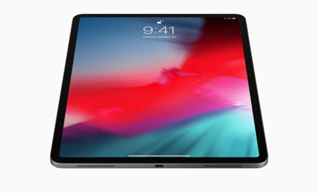 iPad Pro с тройна камера до края на годината