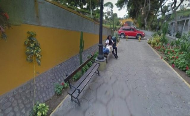Мъж се развежда заради Google Street View