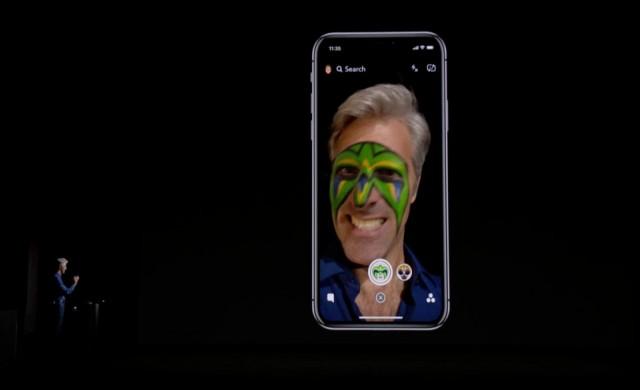 Експерти препоръчват да не гледате iPhone-a си