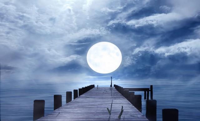 Китай ще създаде 8 пъти по-ярка Луна