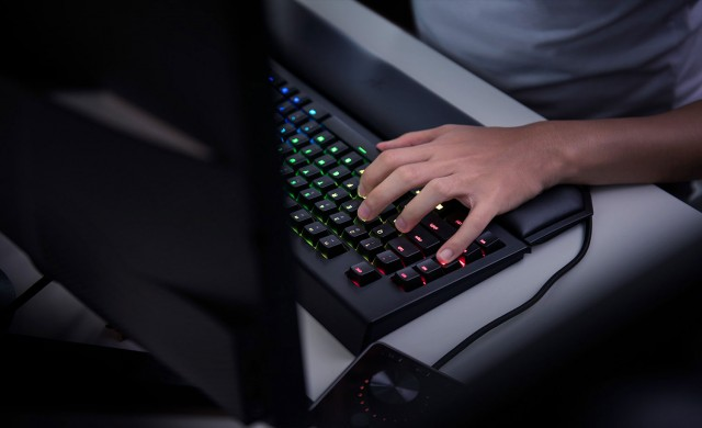 Списък с игрите за Xbox One, поддържащи мишка и клавиатура