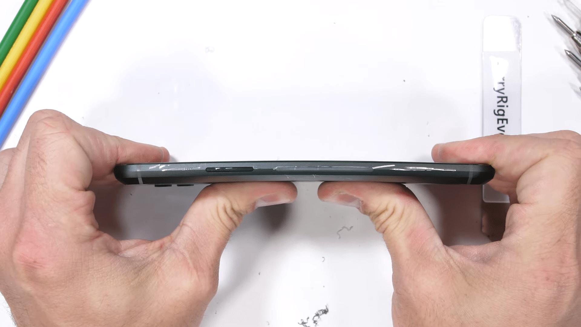 Xiaomi Black Shark 2 показа добра издръжливост