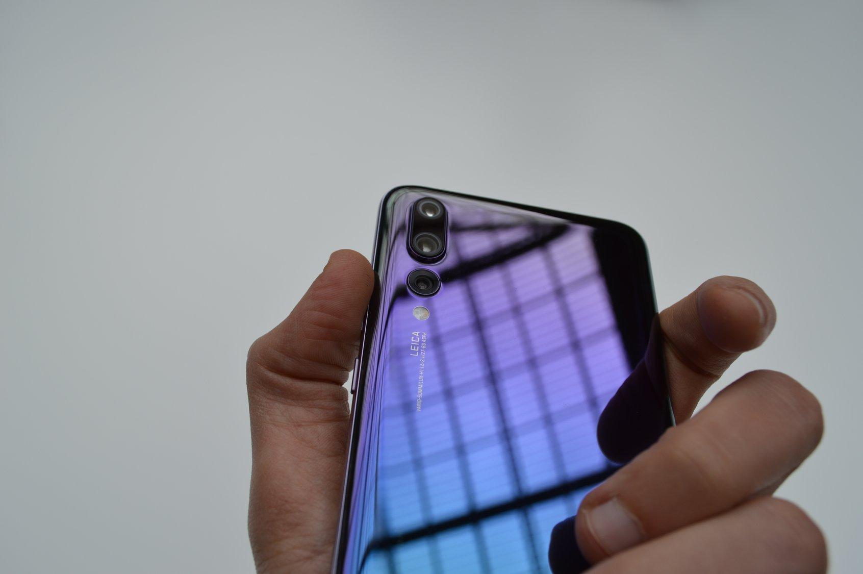 Huawei е продала над 6 милиона смартфона от серия P20