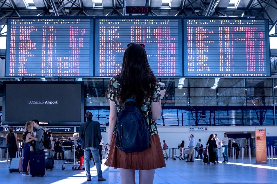Хакери продават международно летище само за 10 долара