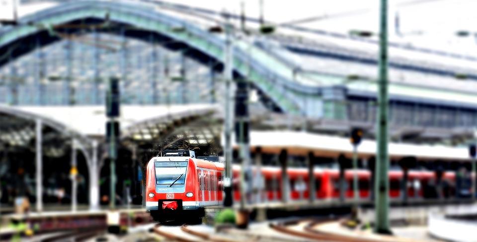 Колко пълен ще е влакът/автобусът, в който ще пътувате?
