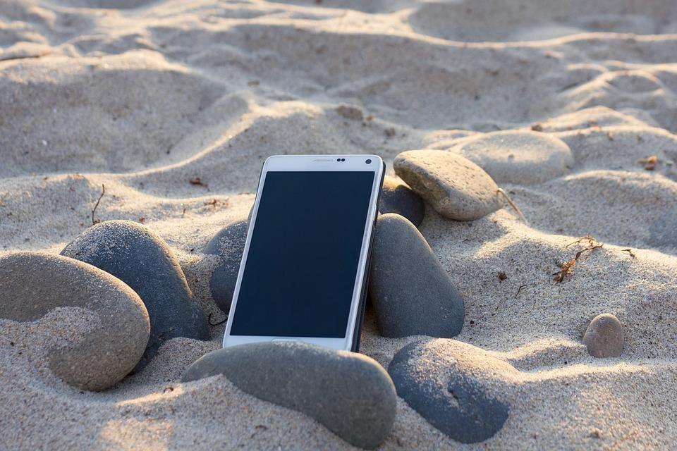 Смартфоните на Xiaomi ще се зареждат от слънцето