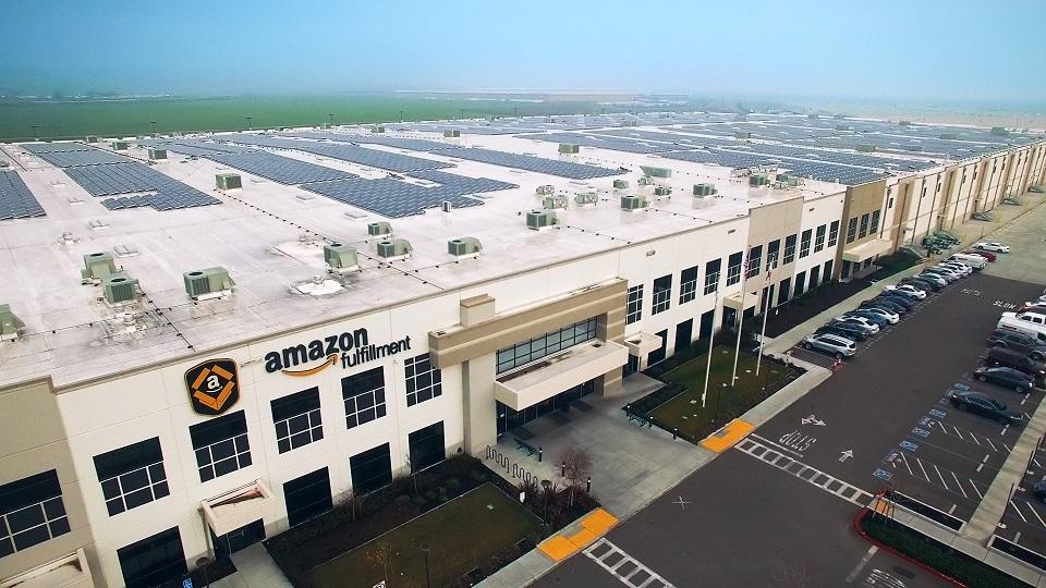 Amazon планира разширяване на магазините си без касиери
